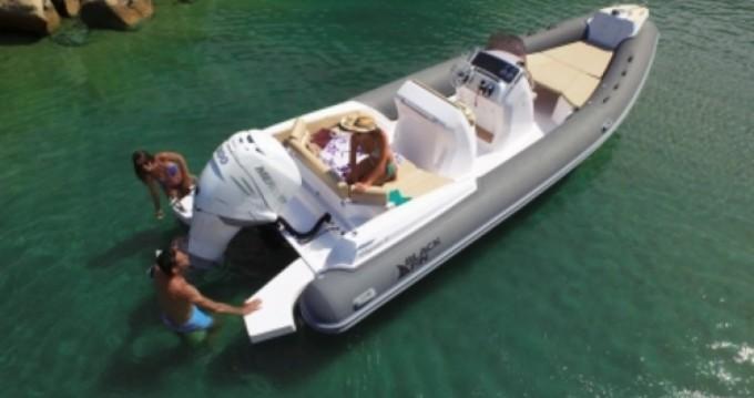 Location Semi-rigide à Saint-Tropez - Joker Boat Clubman 28
