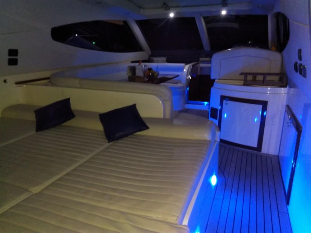 Louer Yacht avec ou sans skipper Gianetti à Campanie