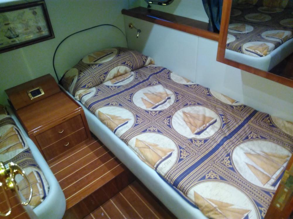 Location bateau Campanie pas cher 50' HT