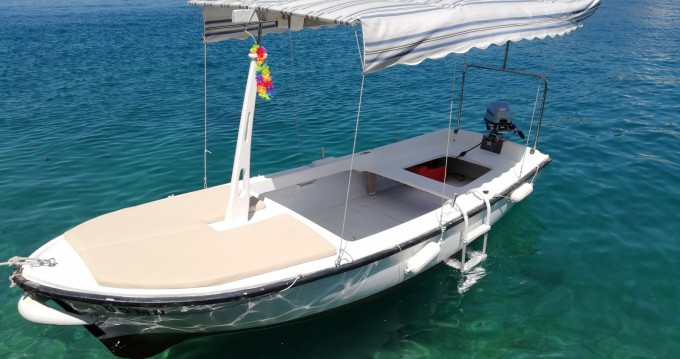 Location bateau Jugoplastika Pasara 4.6 à Milna sur Samboat