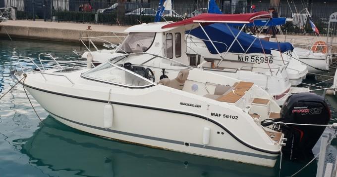 Location bateau Quicksilver Activ 595 Cruiser à Antibes sur Samboat