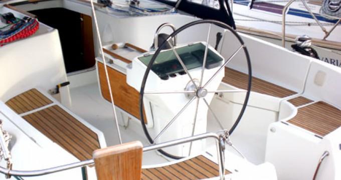 Location bateau Bénéteau Oceanis 411 Clipper à Milazzo sur Samboat