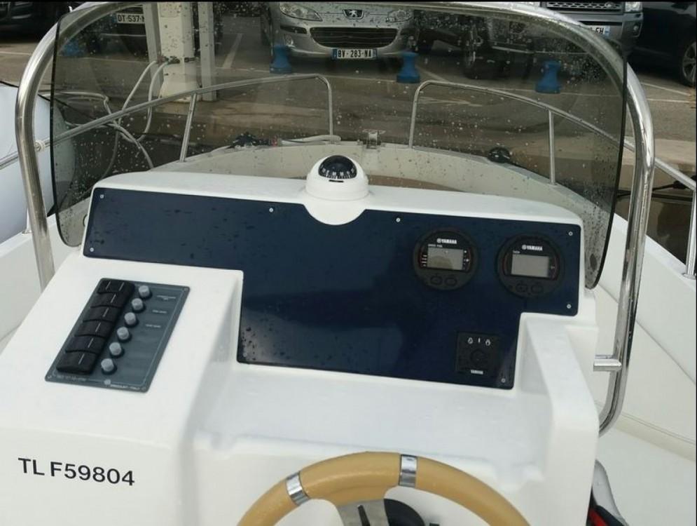 Location Bateau à moteur Idea Marine avec permis
