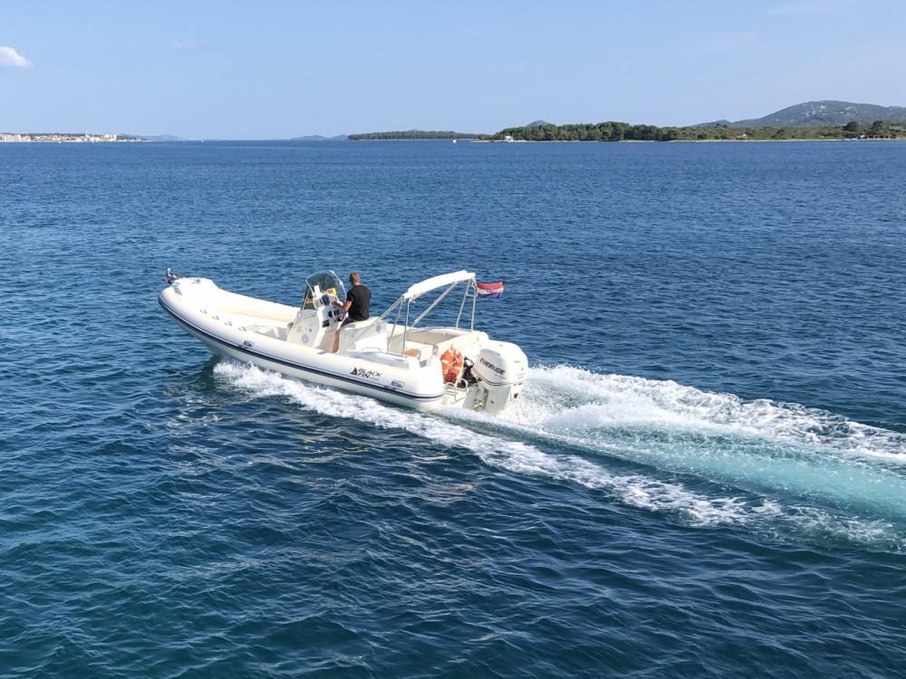 Location yacht à Biograd na Moru - Nuova Jolly Blackfin 25 Elegance sur SamBoat