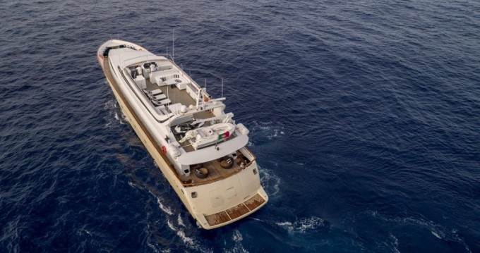 Location Yacht Mondomarine avec permis