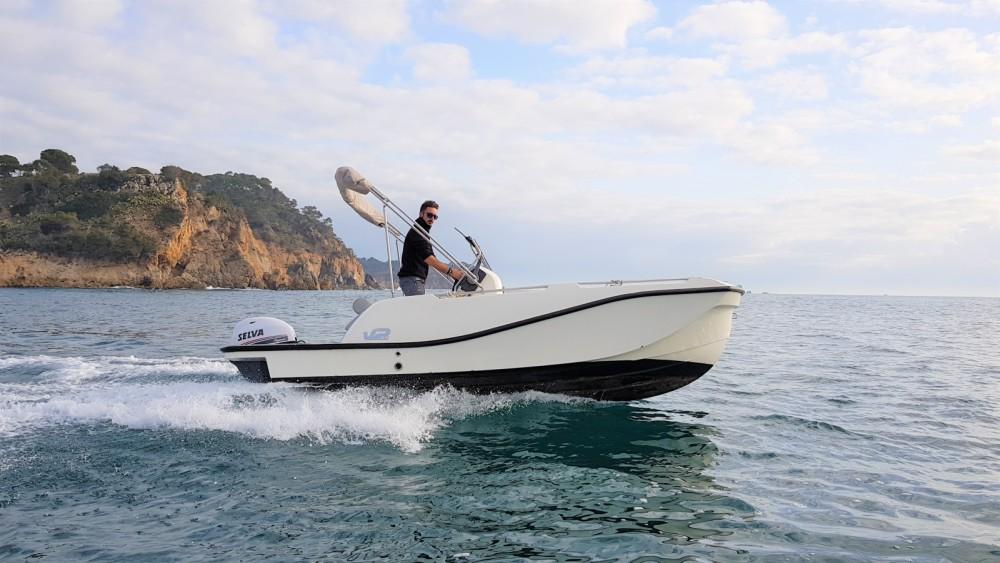 Location bateau Palamós pas cher 5.0 SPORT