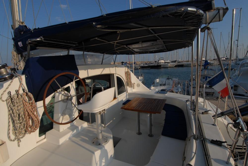 Location bateau Hyères pas cher Lagoon 380