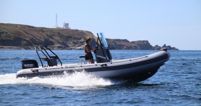 Location bateau Zodiac Pro 6.5 à Port-Louis sur Samboat