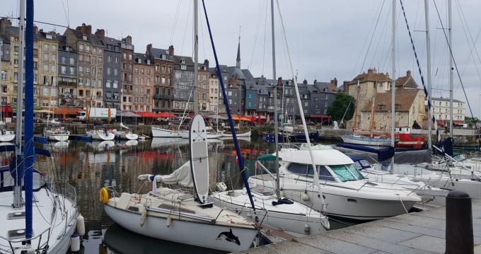 Louez un Ultramar Orque 70 à Vaux-sur-Seine