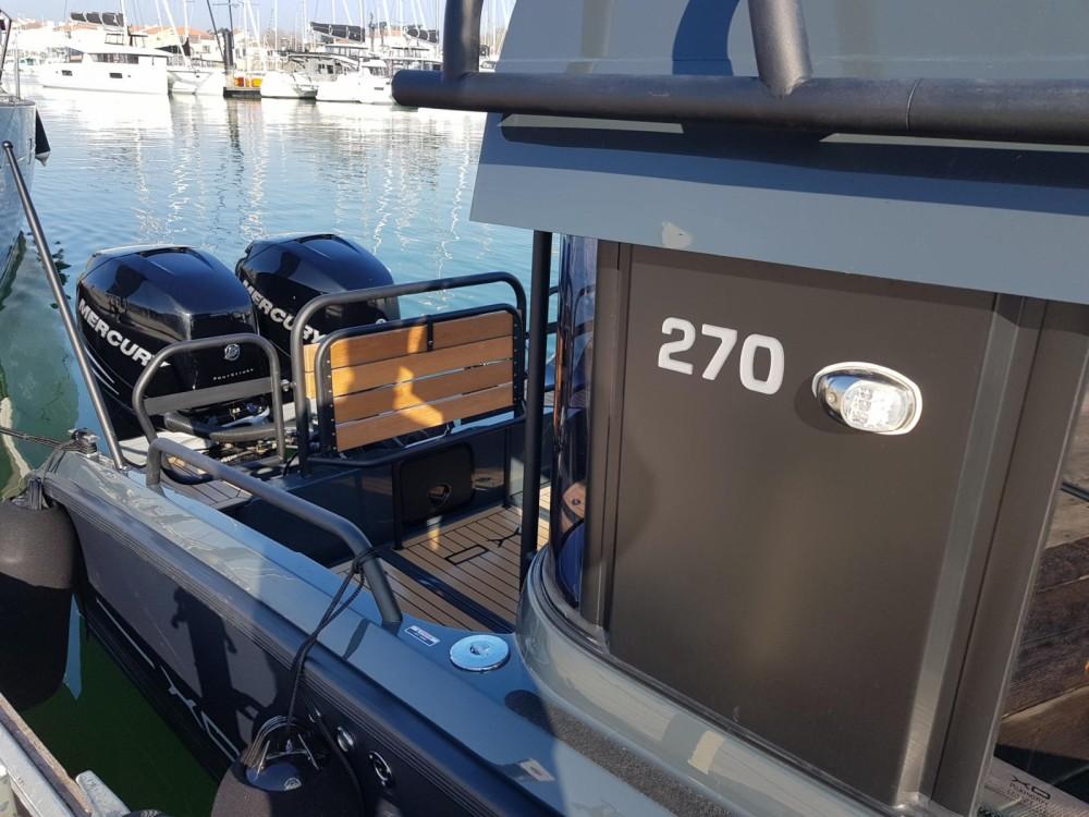 Louer Bateau à moteur avec ou sans skipper xo boats à Vannes