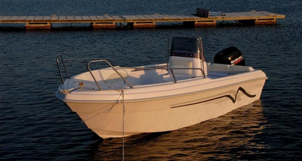 Louer Bateau à moteur avec ou sans skipper marinco à Syvota
