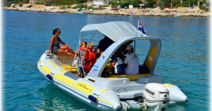 Location bateau Inmark-Marine Baracuda 20 à Trogir sur Samboat