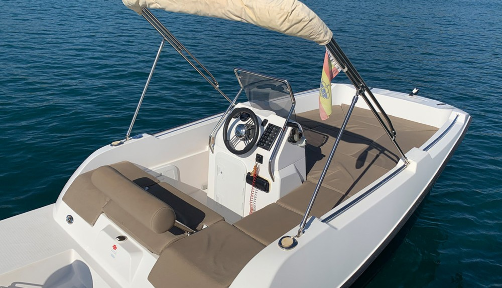 Location bateau V2 BOATS 5.0 SPORT à Formentera sur Samboat