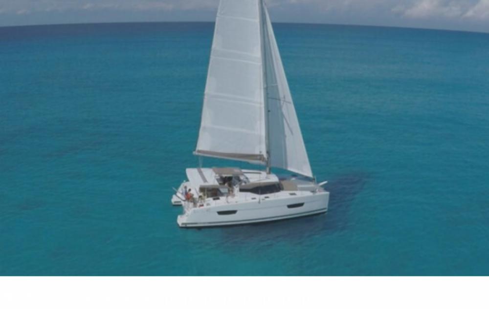 Location bateau La Spezia pas cher Lucia 40