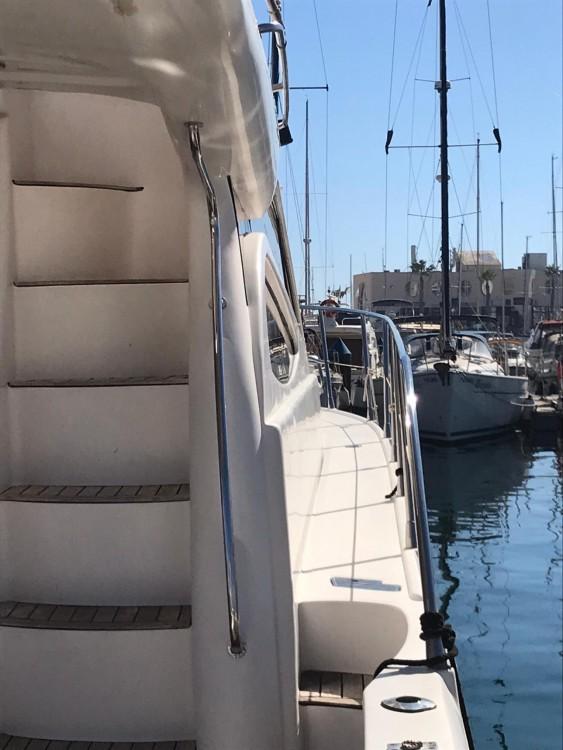 Bateau à moteur à louer à Alicante au meilleur prix