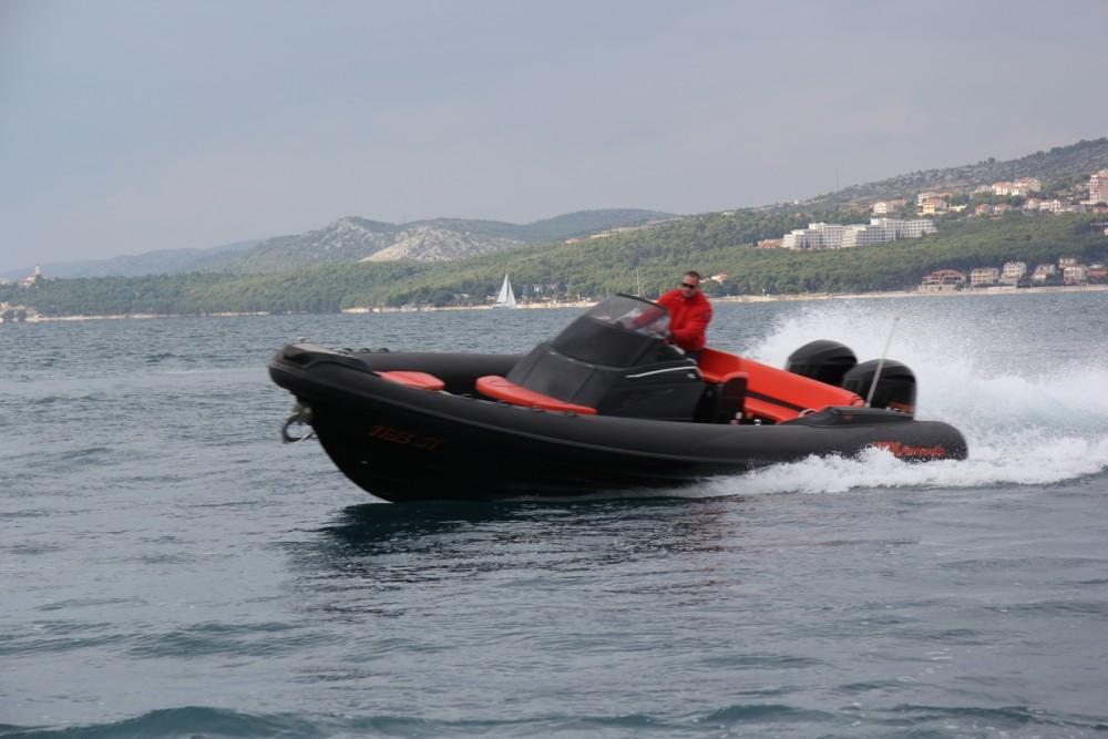 Location bateau Split pas cher Adrenalina 9.5