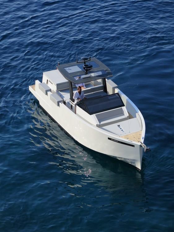 Louez un DE ANTONIO Yachts D34 à Ajaccio