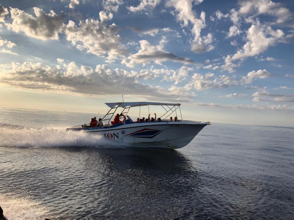 Mercan 36 excursions entre particuliers et professionnel à Bol