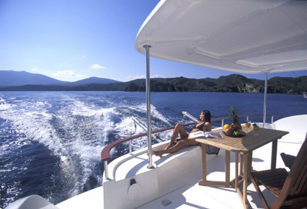 Location Catamaran à Valence - Fountaine Pajot Cumberland 43