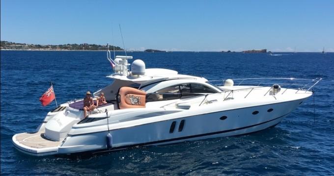 Location Yacht à Saint-Tropez - Sunseeker predator61