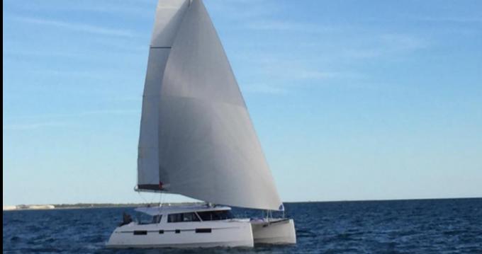 Location bateau Nautitech open 46 à Le Marin sur Samboat