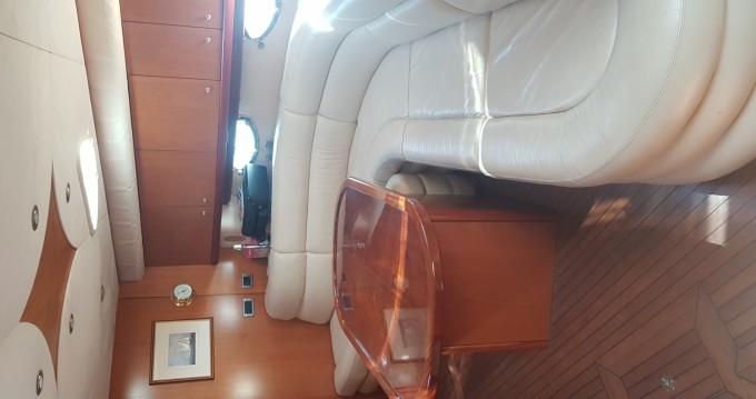 Yacht à louer à Saint-Tropez au meilleur prix