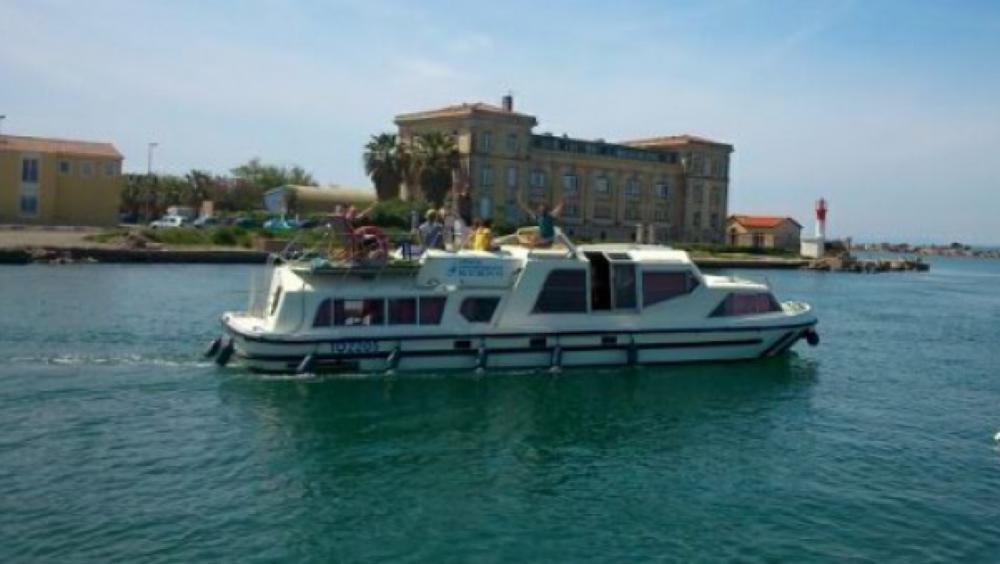 Péniche à louer à Sète au meilleur prix