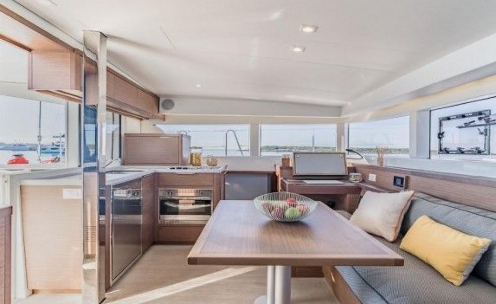 Location bateau Palma pas cher Lagoon 400