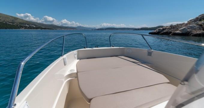 Louer Bateau à moteur avec ou sans skipper Quicksilver à Puerto Alcocéber