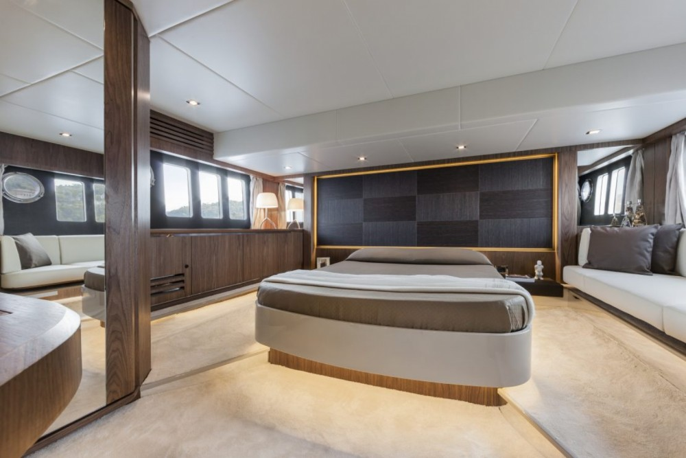 Location bateau Absolute Yachts Absolute 52 Fly à Palma sur Samboat