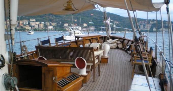 Louez un freeward freeward à Giardini-Naxos