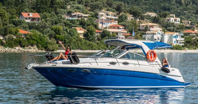 Louer Bateau à moteur avec ou sans skipper Sea Ray à Nikiána