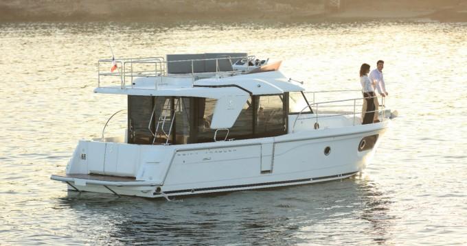 Louer Bateau à moteur avec ou sans skipper Bénéteau à La Rochelle