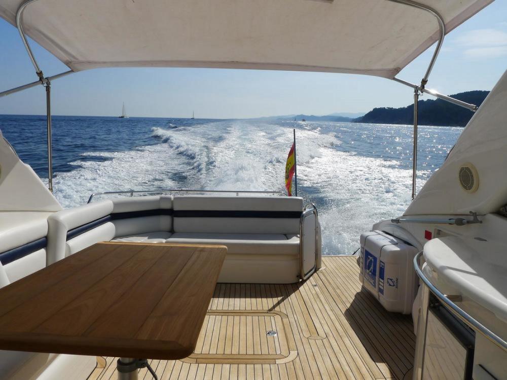 Louer Yacht avec ou sans skipper Sunseeker à Maó