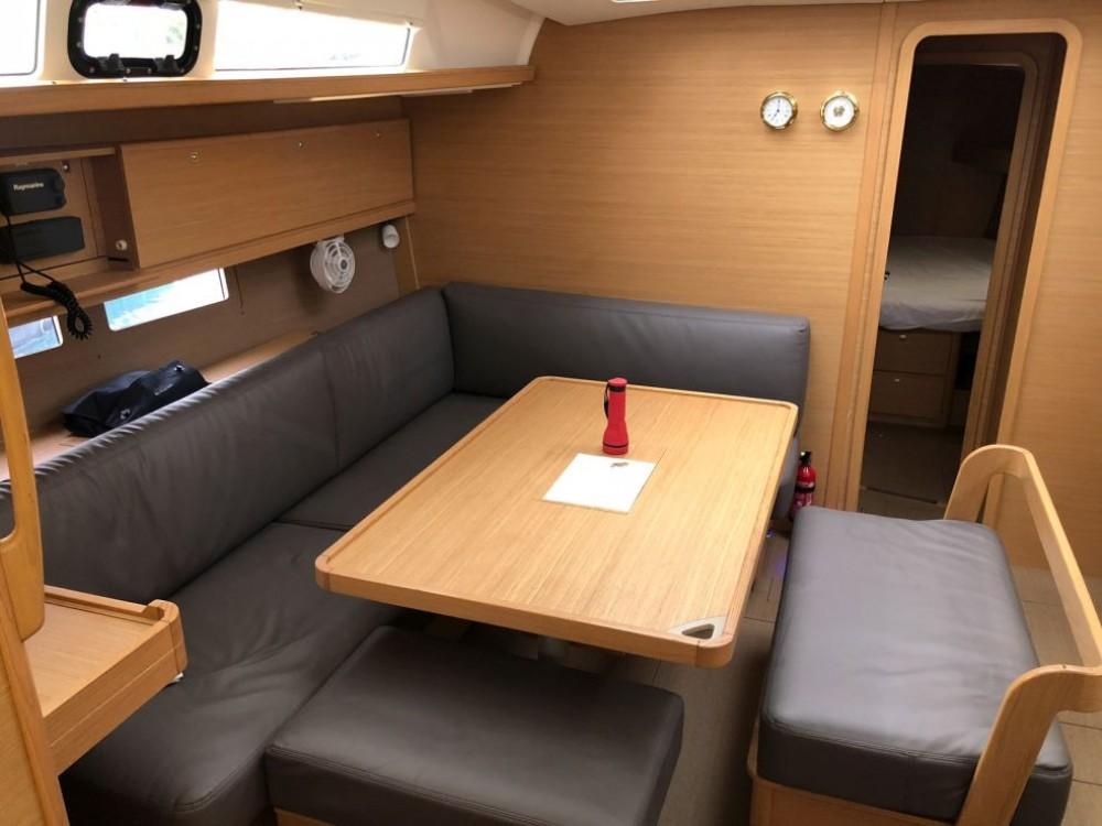 Location bateau Le Marin pas cher Dufour 460 Grand Large