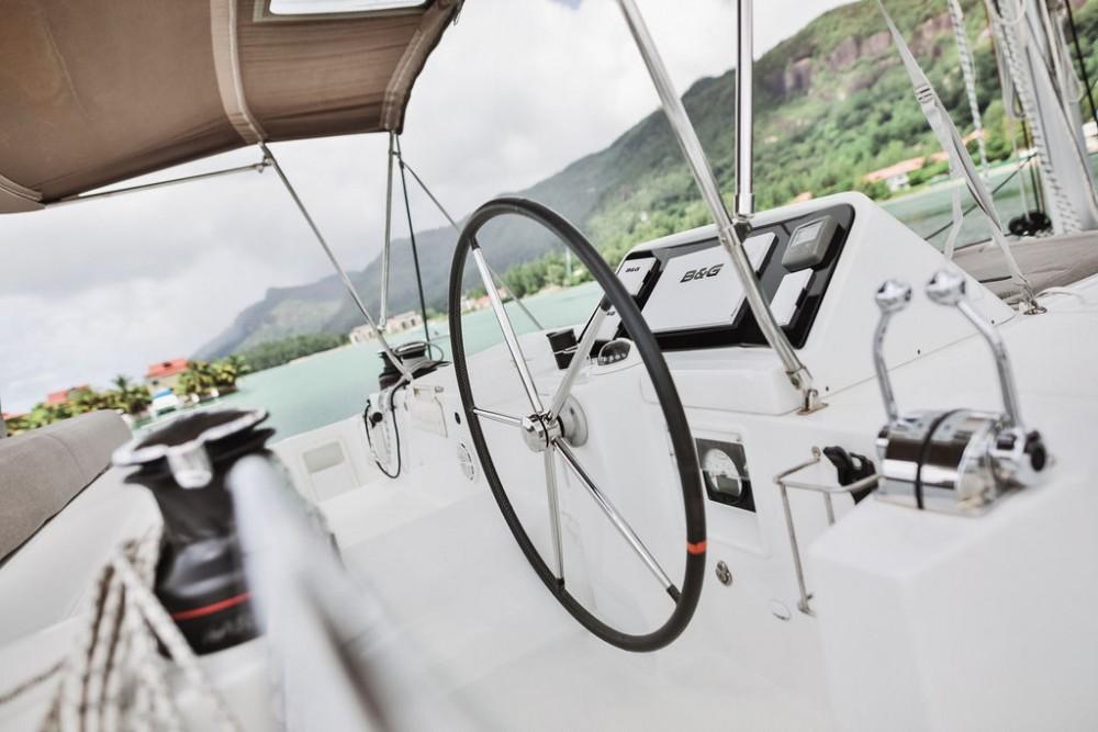 Lagoon Catamaran Lagoon 450 F entre particuliers et professionnel à