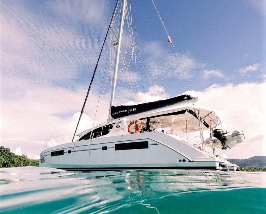 Louer Catamaran avec ou sans skipper Robertson and Caine à Seychelles