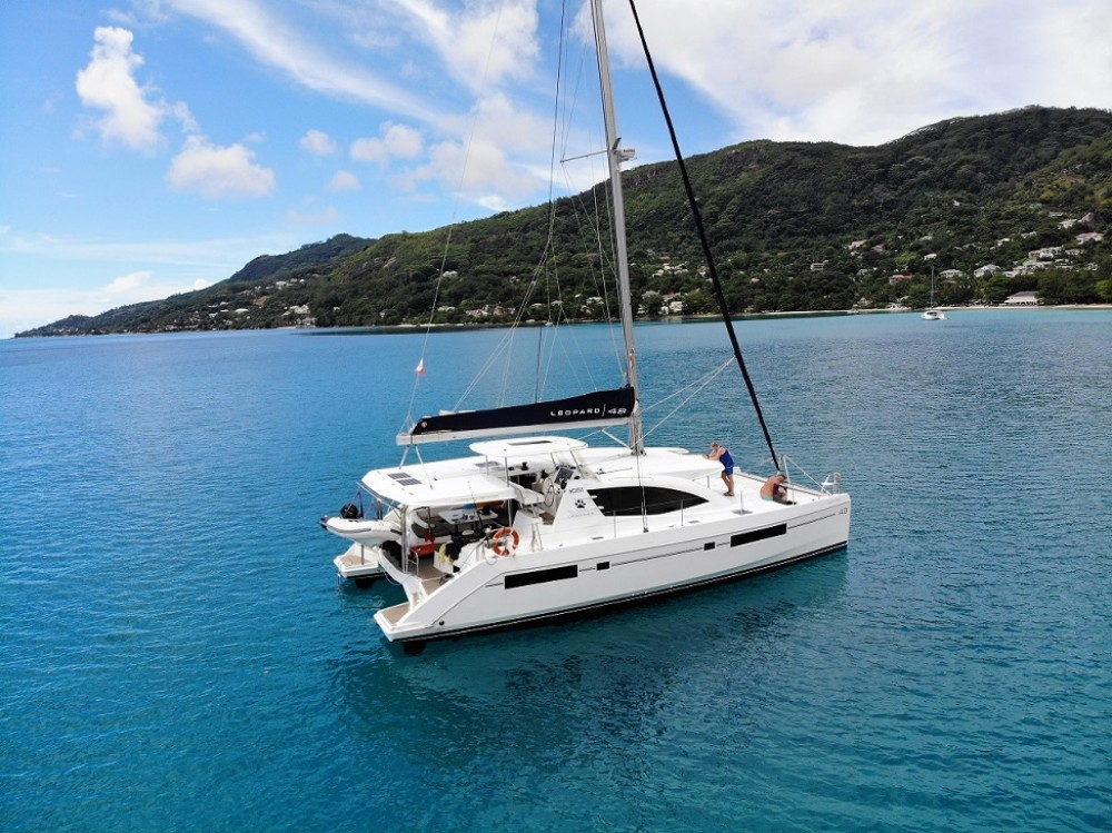 Location Catamaran à Seychelles - Robertson and Caine Leopard 48