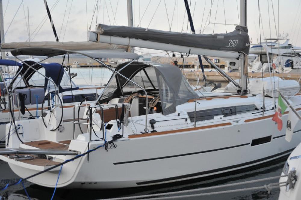 Location bateau Dufour Dufour 350 à Olbia sur Samboat