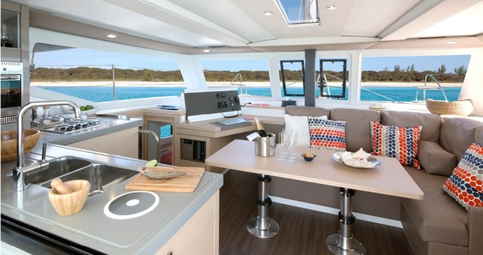 Catamaran à louer à Ajaccio au meilleur prix