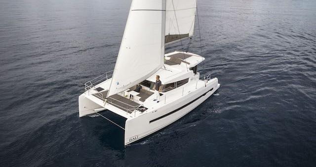 Louer Catamaran avec ou sans skipper Catana à Ajaccio
