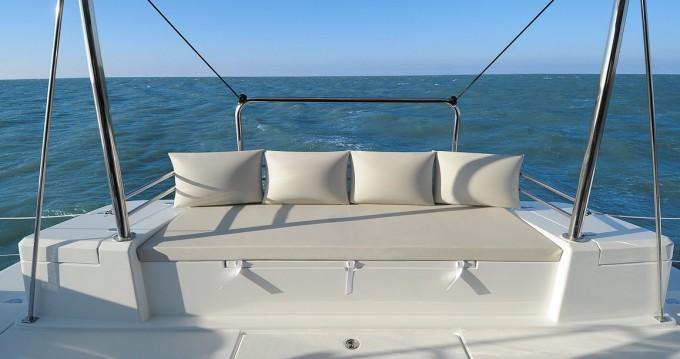 Louer Catamaran avec ou sans skipper Catana à Propriano