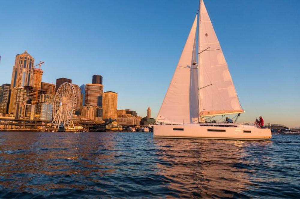 Location bateau Procida pas cher Sun Odyssey 440