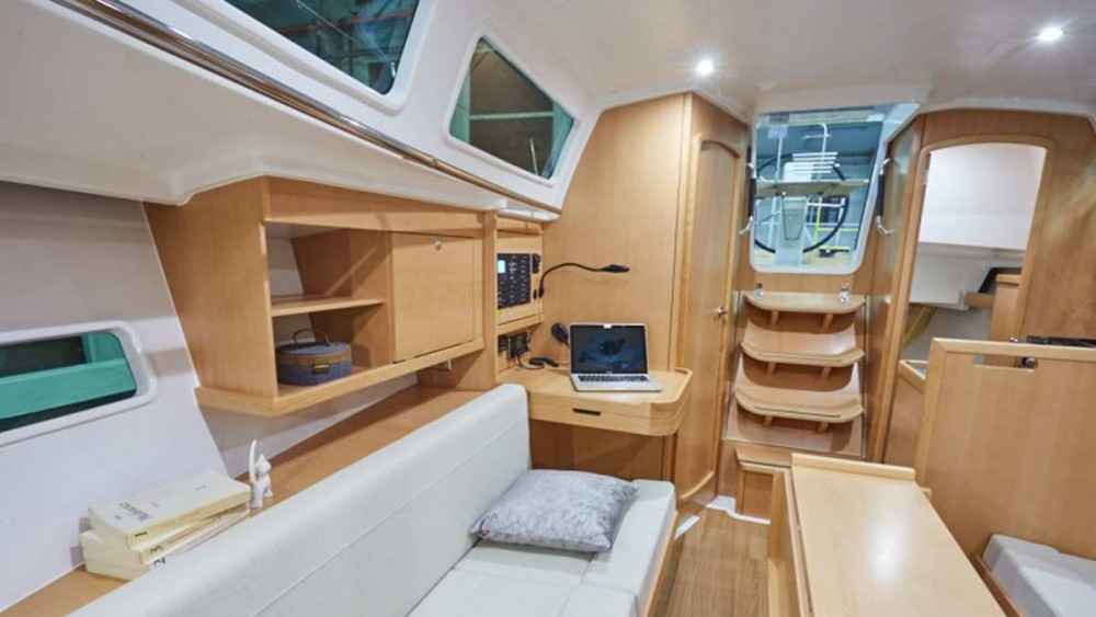 Location bateau Furnari pas cher Sun Odyssey 319