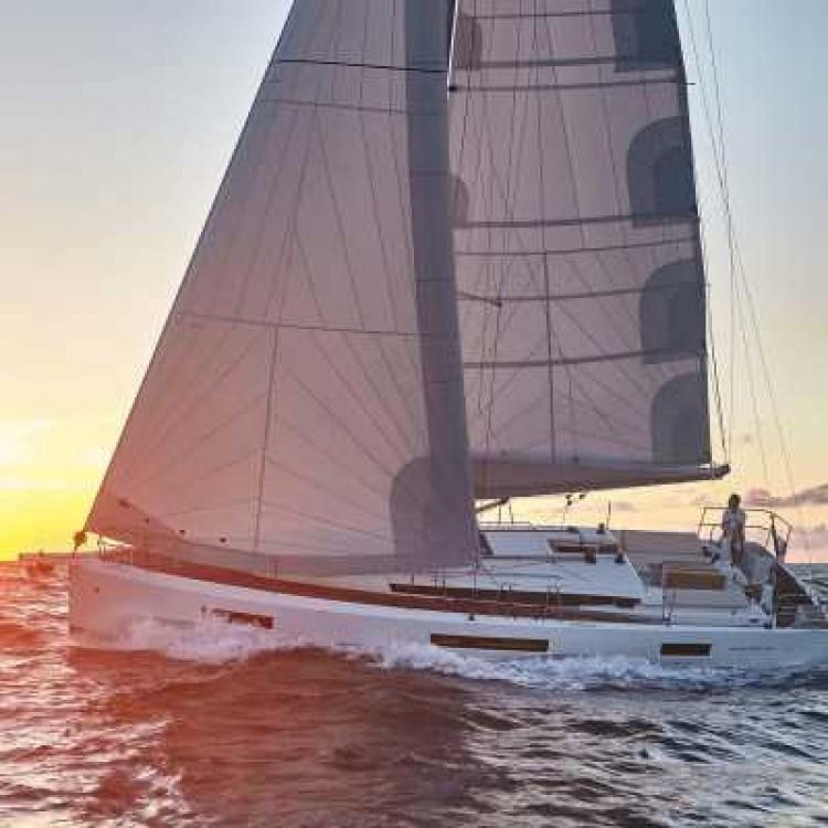 Location bateau Furnari pas cher Sun Odyssey 440