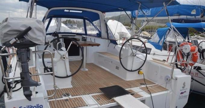 Location bateau Cannigione pas cher Oceanis 38.1