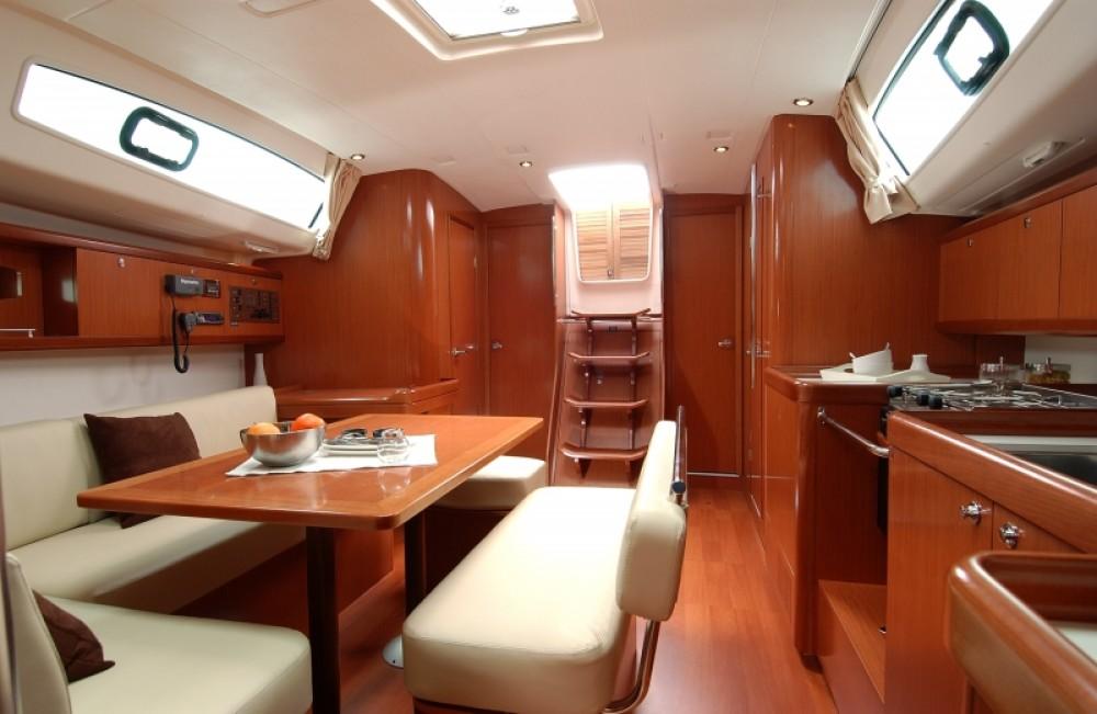 Location yacht à Procida - Bénéteau Oceanis 43 sur SamBoat