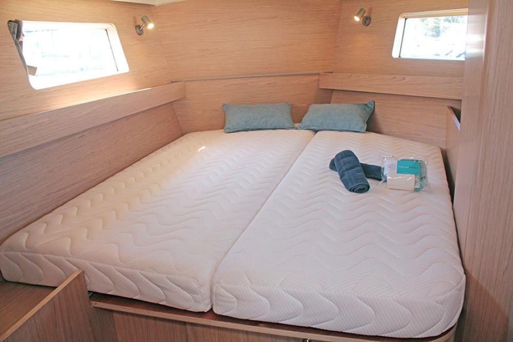 Location bateau Bénéteau Oceanis 41.1 à Palma sur Samboat