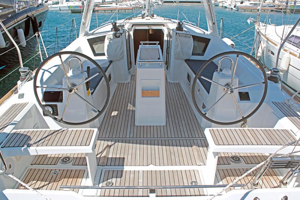 Location yacht à Palma - Bénéteau Oceanis 38.1 sur SamBoat