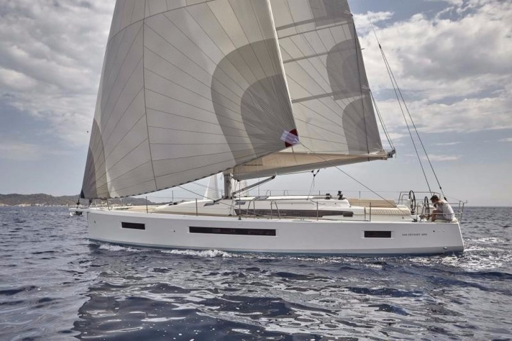 Location bateau Jeanneau Sun Odyssey 490 à Cos sur Samboat